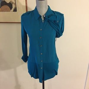 VINCE CAMUTO Double Layered Button-Front Blouse XS
